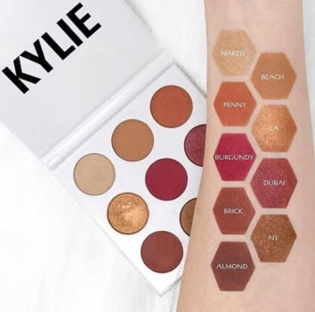 THE BURGUNDY PALETTE - KYLIE JENNER